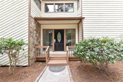 Alpharetta Single Family Home For Sale: 355 Spyglass Bluff