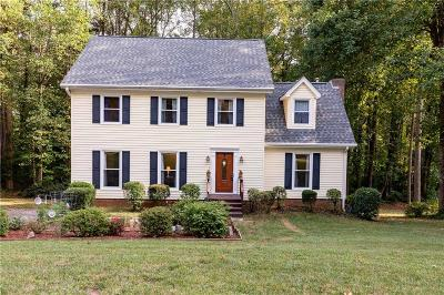 Snellville Single Family Home For Sale: 2450 Williamsdowns Circle