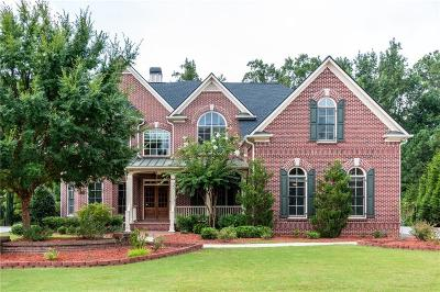 Johns Creek Single Family Home For Sale: 7952 Amawalk Circle