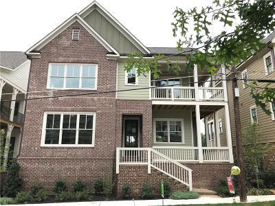 Marietta Single Family Home For Sale: 427 NE Silverbell Way NE