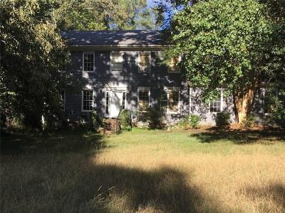Snellville Single Family Home For Sale: 2703 Ashworth Circle