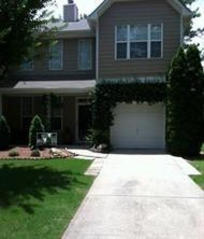 Lawrenceville Condo/Townhouse For Sale: 39 Oak Green Drive
