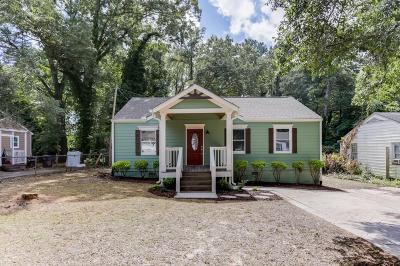 Marietta Single Family Home For Sale: 304 Yancy Drive SE