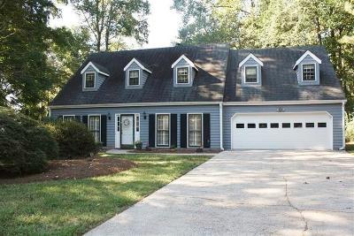 Marietta GA Single Family Home For Sale: $439,900