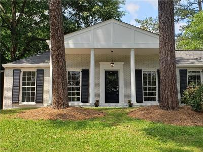 Fulton County Single Family Home For Sale: 450 Pine Forest Road