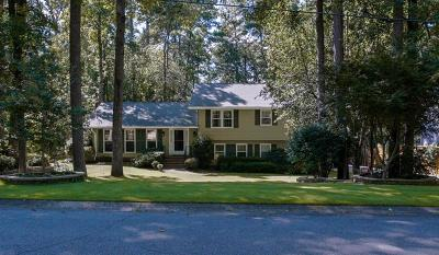 Roswell Single Family Home For Sale: 4608 Mountain Creek Drive