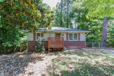 Smyrna Single Family Home For Sale: 3527 South Cobb Drive