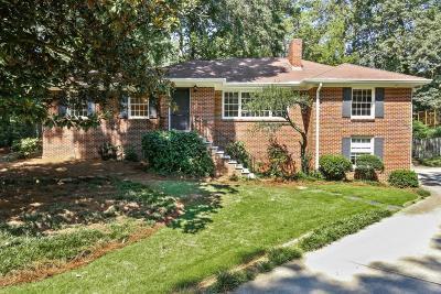 Fulton County Single Family Home For Sale: 388 Lakemoore Drive NE