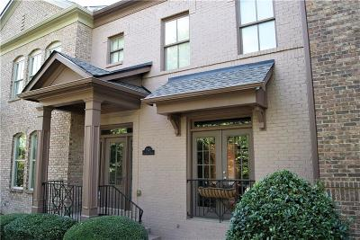Suwanee Condo/Townhouse For Sale: 3949 Savannah Square Street