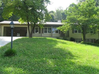 Marietta Single Family Home For Sale: 2659 Ridgewood Drive