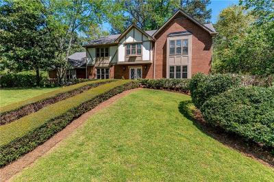 Sandy Springs Single Family Home For Sale: 470 Cambridge Way