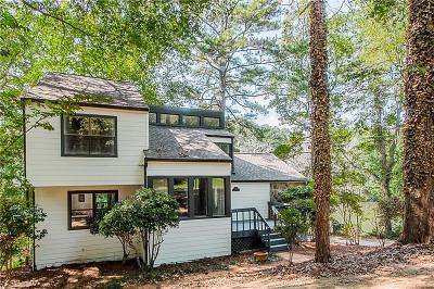 Marietta Single Family Home For Sale: 1895 Annwicks Drive