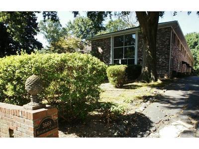 Atlanta Condo/Townhouse For Sale: 3668 Kingsboro Road NE #7