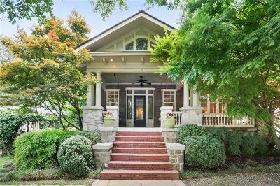 Atlanta Single Family Home For Sale: 119 Peachtree Circle NE