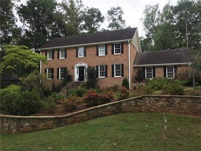 Marietta Single Family Home For Sale: 5258 Sandlewood Court
