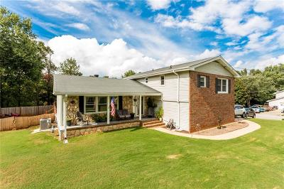 Buford Single Family Home For Sale: 3624 Aspen Court