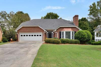 Alpharetta  Single Family Home For Sale: 375 Carybell Lane