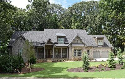 Marietta Single Family Home For Sale: 401 Tam O Shanter Drive