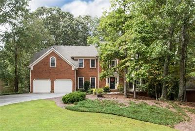 Roswell Single Family Home For Sale: 11860 Wildwood Springs Drive