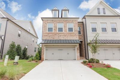 Roswell Condo/Townhouse For Sale: 10158 Windalier Way