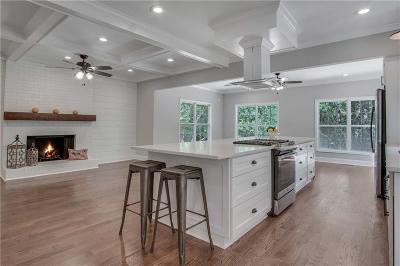Marietta Single Family Home For Sale: 2711 Burtz Drive