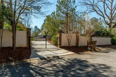 Roswell Single Family Home For Sale: 3810 Galloway Drive NE