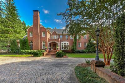 Atlanta Single Family Home For Sale: 5730 Winterthur Lane