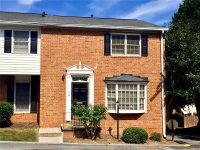 Atlanta Condo/Townhouse For Sale: 6520 Roswell Road #29