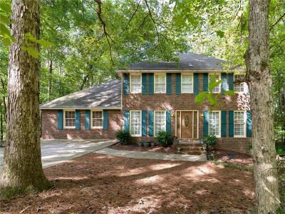 Powder Springs Single Family Home For Sale: 3300 Wilderness Drive