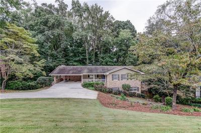 Sandy Springs Single Family Home For Sale: 655 Amberidge Trail