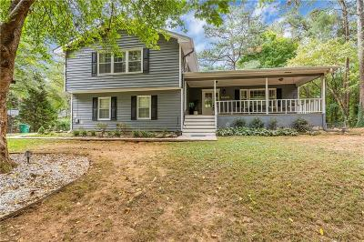 Alpharetta  Single Family Home For Sale: 9219 Nesbit Ferry Road