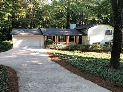 Atlanta Single Family Home For Sale: 360 Forest Valley Court