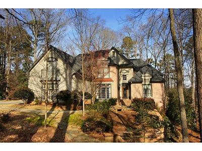 Alpharetta Single Family Home For Sale: 400 Gunston Hall Circle