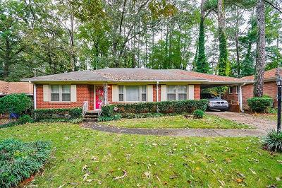 Single Family Home For Sale: 1820 Windsor Drive SW