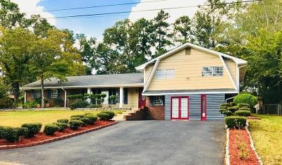 Marietta GA Single Family Home For Sale: $299,000