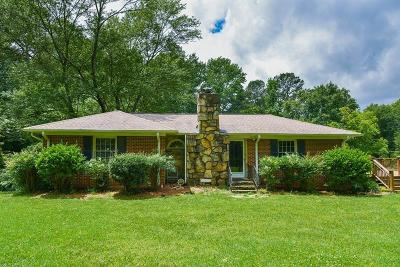 Marietta Single Family Home For Sale: 1435 Holly Springs Rd NE And 00 Hembree