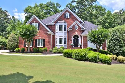 Alpharetta Single Family Home For Sale: 120 Highland Oaks Court
