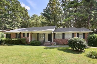 Atlanta Single Family Home For Sale: 1551 Knob Hill Drive NE