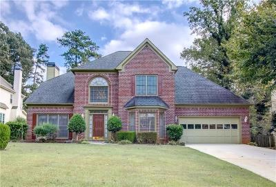 Barrow County, Forsyth County, Gwinnett County, Hall County, Newton County, Walton County Single Family Home For Sale: 378 Windshore Court
