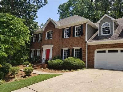 Marietta Single Family Home For Sale: 2428 Woodbridge Drive