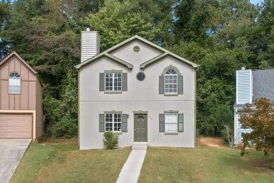 Kennesaw Single Family Home For Sale: 2984 Porsche Place NW