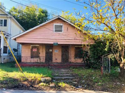 Single Family Home For Sale: 812 Chestnut Place
