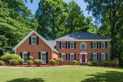 Marietta Single Family Home For Sale: 565 Laurel Wood Court SW