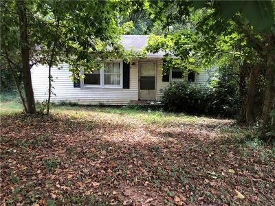 Atlanta GA Single Family Home For Sale: $35,000