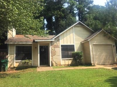 Lithonia Single Family Home For Sale: 6252 Creekford Drive