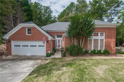 Roswell Single Family Home For Sale: 8750 Terrace Lane