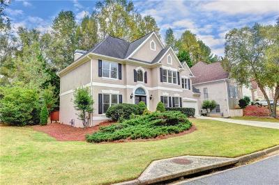 Alpharetta Single Family Home For Sale: 4865 Haydens Walk Drive