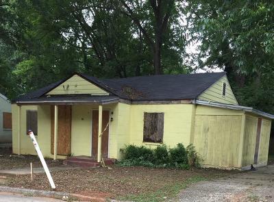 Atlanta Single Family Home For Sale: 1017 Sparks Street SW