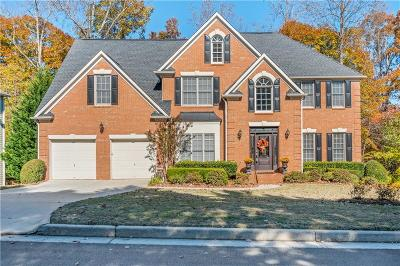 Johns Creek Single Family Home For Sale: 5255 Lexington Woods Lane