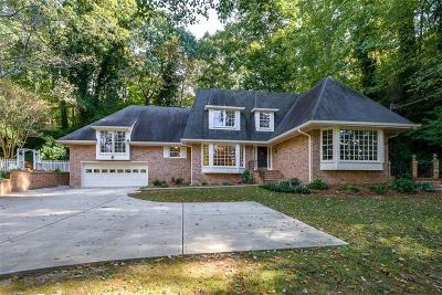 Sandy Springs Single Family Home For Sale: 960 Edgewater Drive